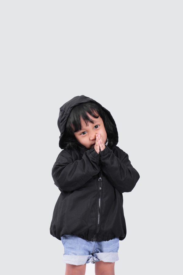 Black-Basic-Hoodie-Model
