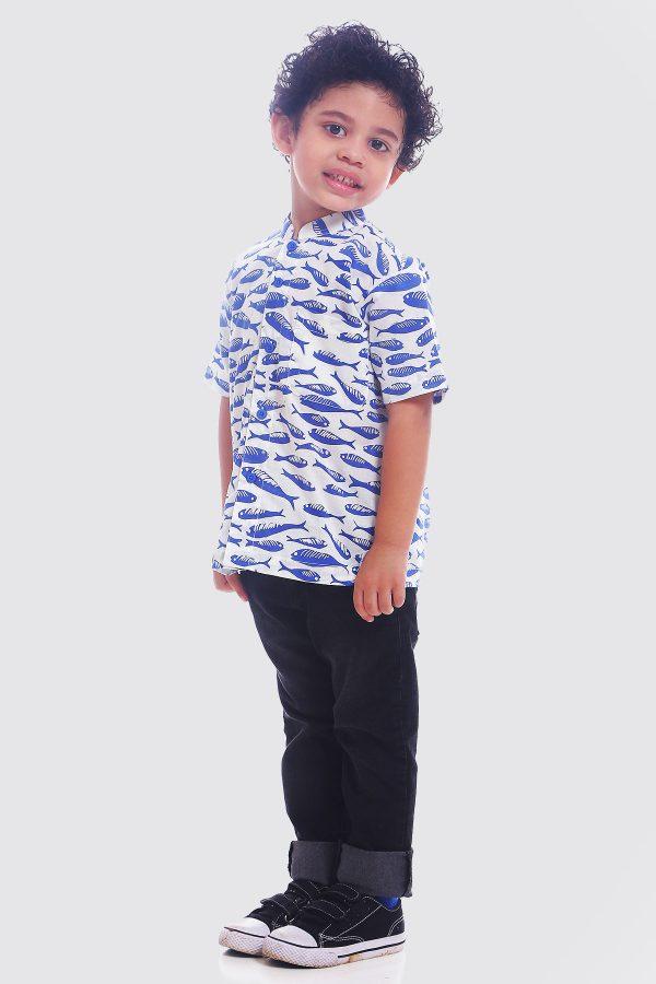 Madha-Sardines-Kids-Shirt—zModel