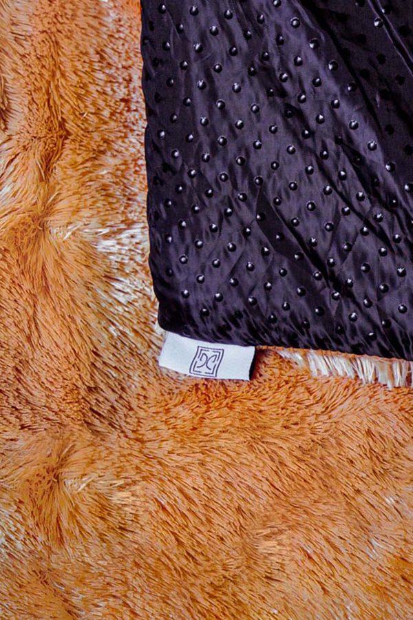 Square-Caramel-Fur-Rug—zDetail2